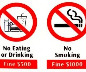 Singapur Verbotsschild: Essen $500, Rauchen $1.000